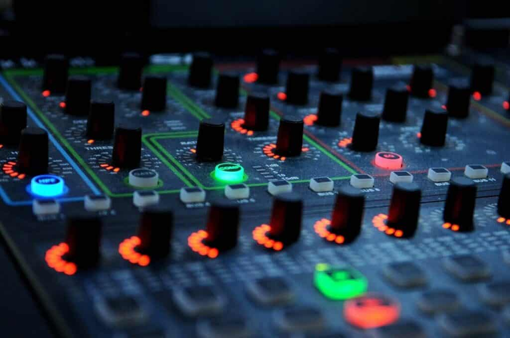 Best Mixer for Streaming