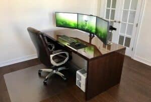 Best Desk for 3 Monitors