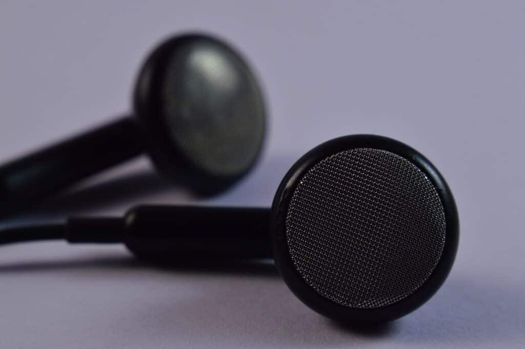Best Gaming Earbuds for Streaming