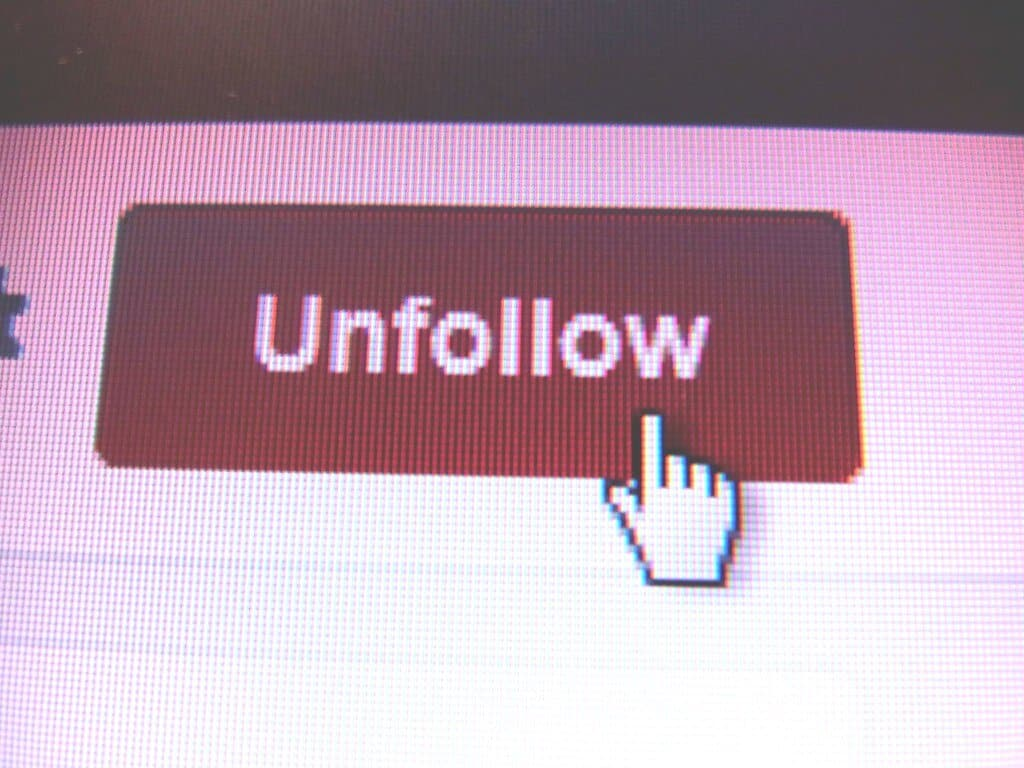 How to See Who Unfollowed You on Twitch?